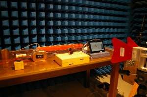 Test setup for radiated susceptibility test, high-frequency range, vertical polarization