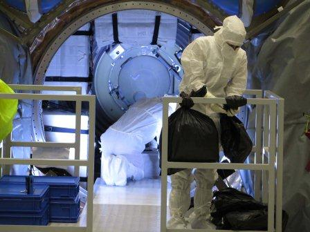 Cargo bags strapped & stowed into ATV-5 ICC. Credit: ESA