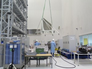 Setting up for the gas loading dry run and the filling of the ESA EML experiment. Credit: ESA