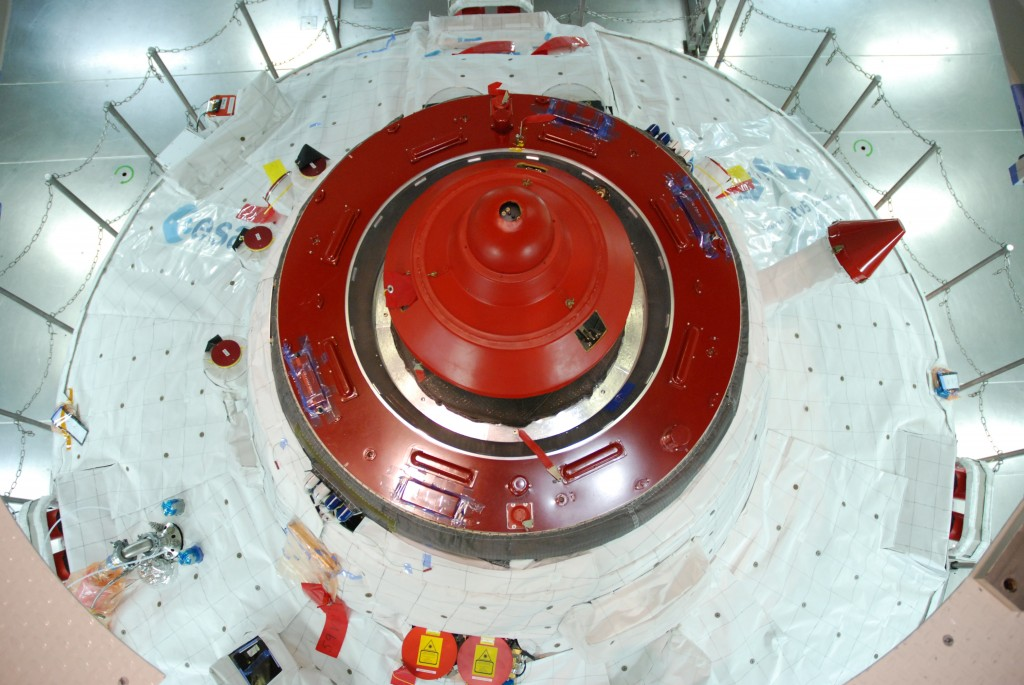 Hatch closed and protective cover in place. Job done! Credits: ESA