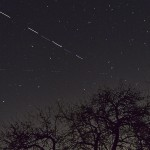 "@dermuehle ""#ATV5 preceeding #ISS into Earth's shadow 1916 CET from Stuttgart"" Germany"
