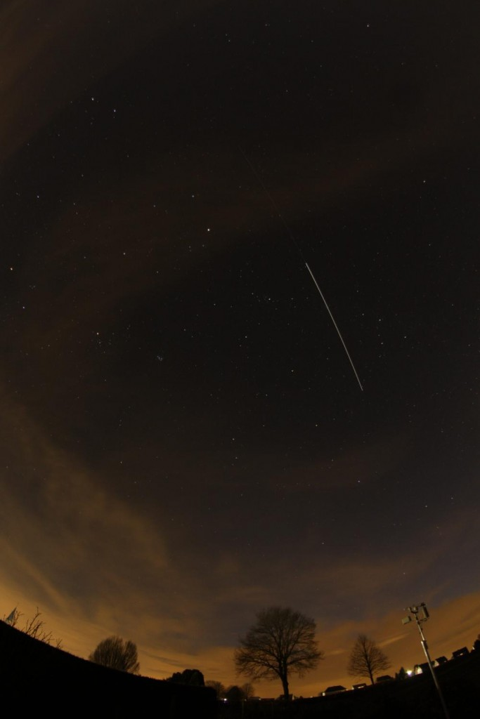 "Hans Schremmer @astrohans ""30 second exposure of #ATV5 and #ISS"""