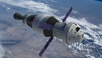 orion_icps_earth_foldoutsolars
