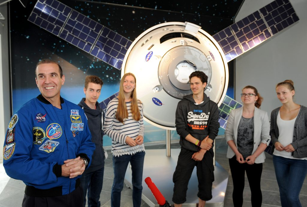 Airbus Defence & Space in Bremen. Event mit dem NASA-Astronauten Rick Mastracchio.