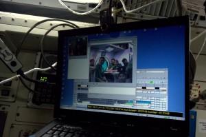 Talking to the Neemo crew (Credit: ESA/NASA)