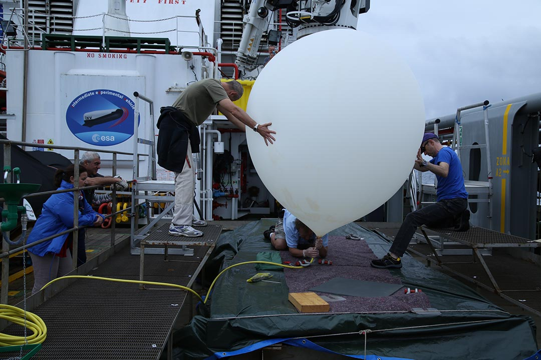 Weather watch: launching balloon from Nos Aries Credit: ESA