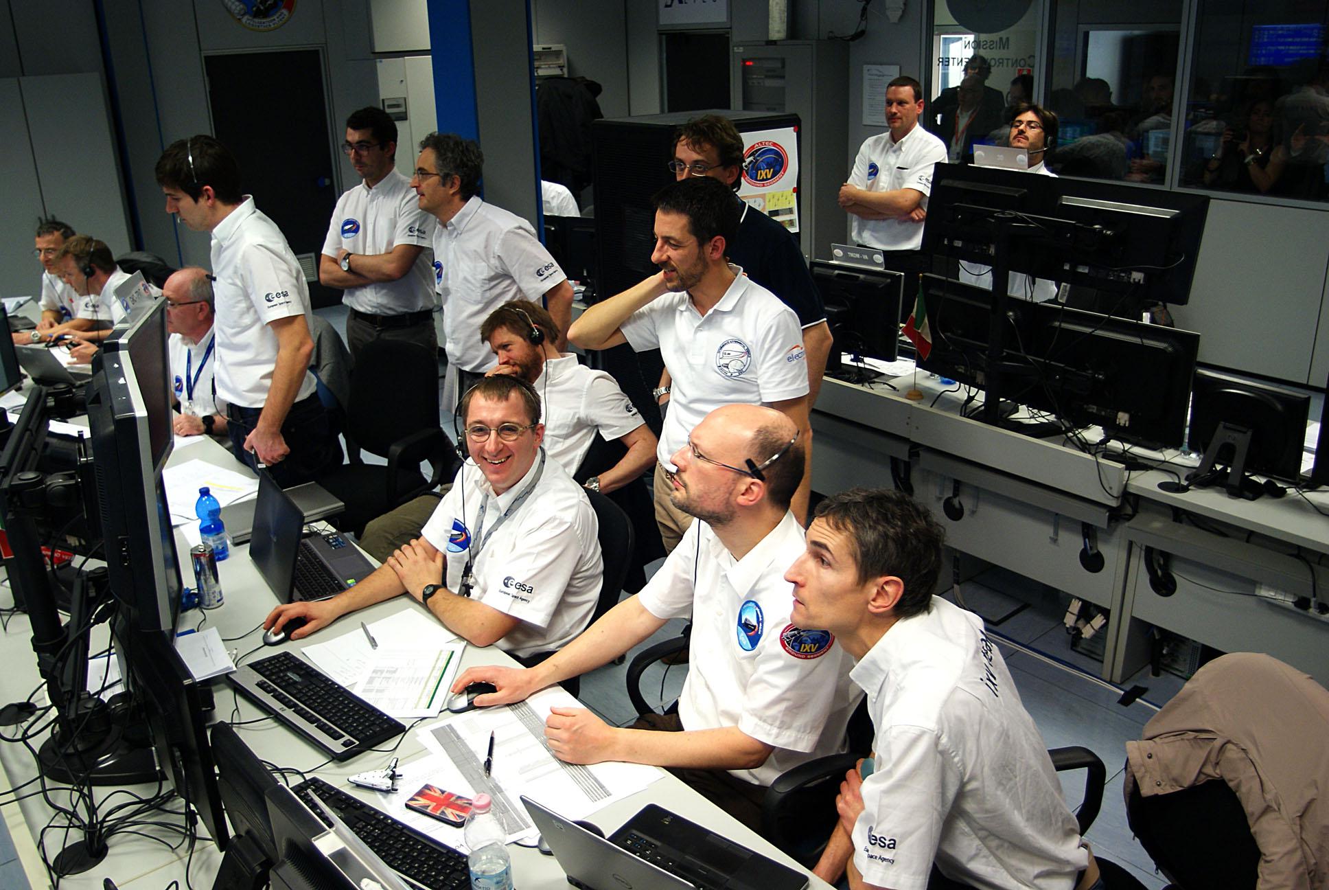 Mission control Turin watches for splashdown Credit: ESA/P. Shlyaev