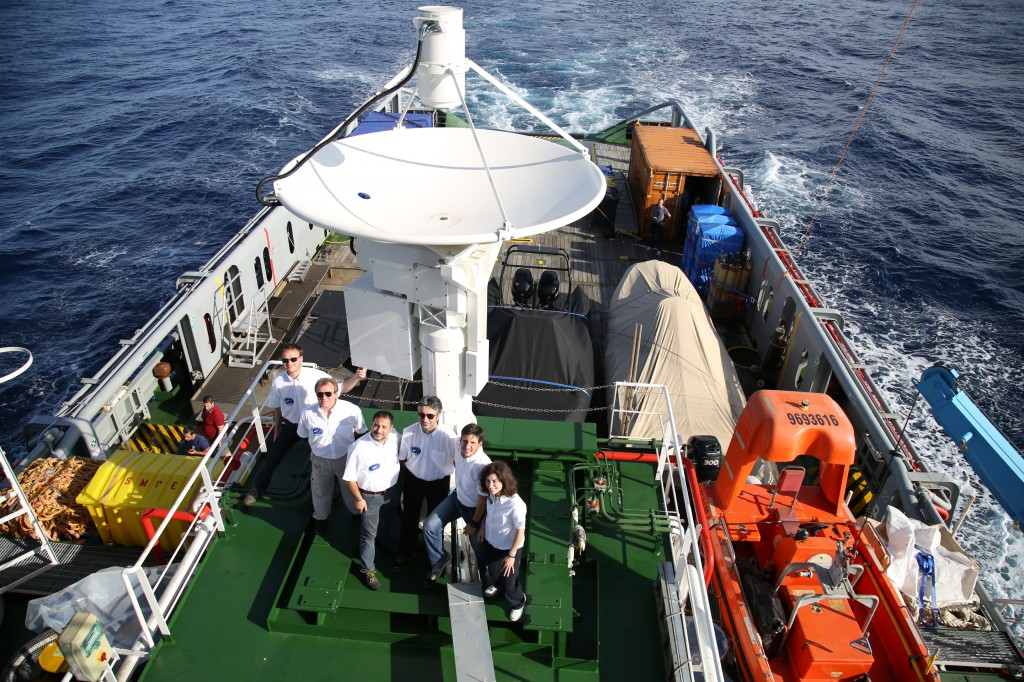 The IXV tracking team on the recovery ship Nos Aries includes ESA's Guillermo Lorenzo (2nd from right).