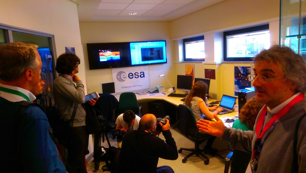 Ettore Perozzi, site manager, briefs media on activities in ESA's NEO Coord Centre at ESRIN. Credit: ESA CC BY-SA IGO 3.0