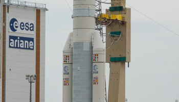 Ariane VA 224 on the launchpad. Credit: ESA-CNES-ARIANESPACE / Photo Optique Vidéo CSG