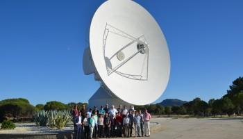 Estrack M&O teams under Big Iron Credit: ESA - CC BY-SA IGO 3.0