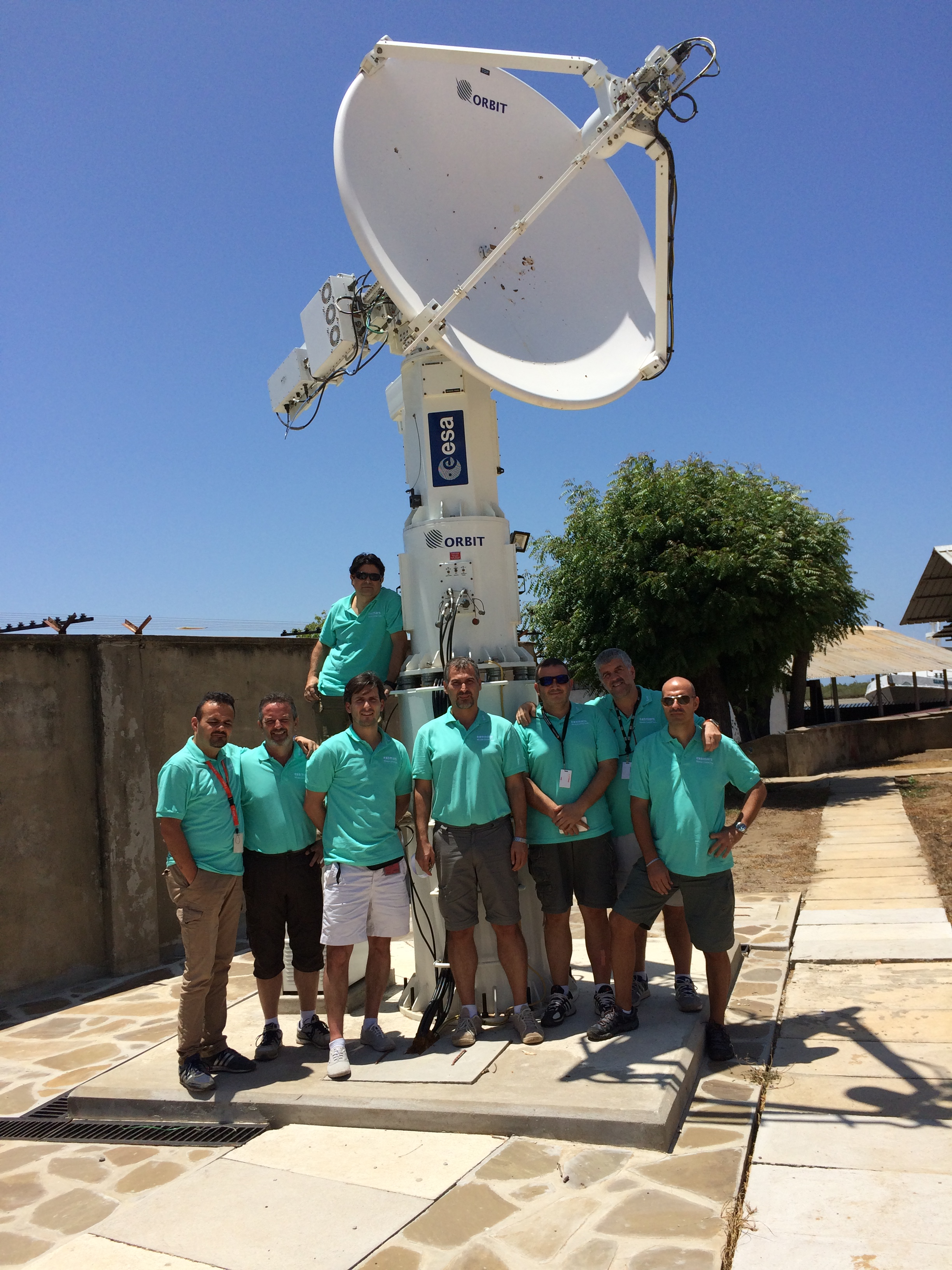 ESA/ASI Team at Malindi tracking station, Kenya, ready to catch the first signals from ExoMars Credit: ESA