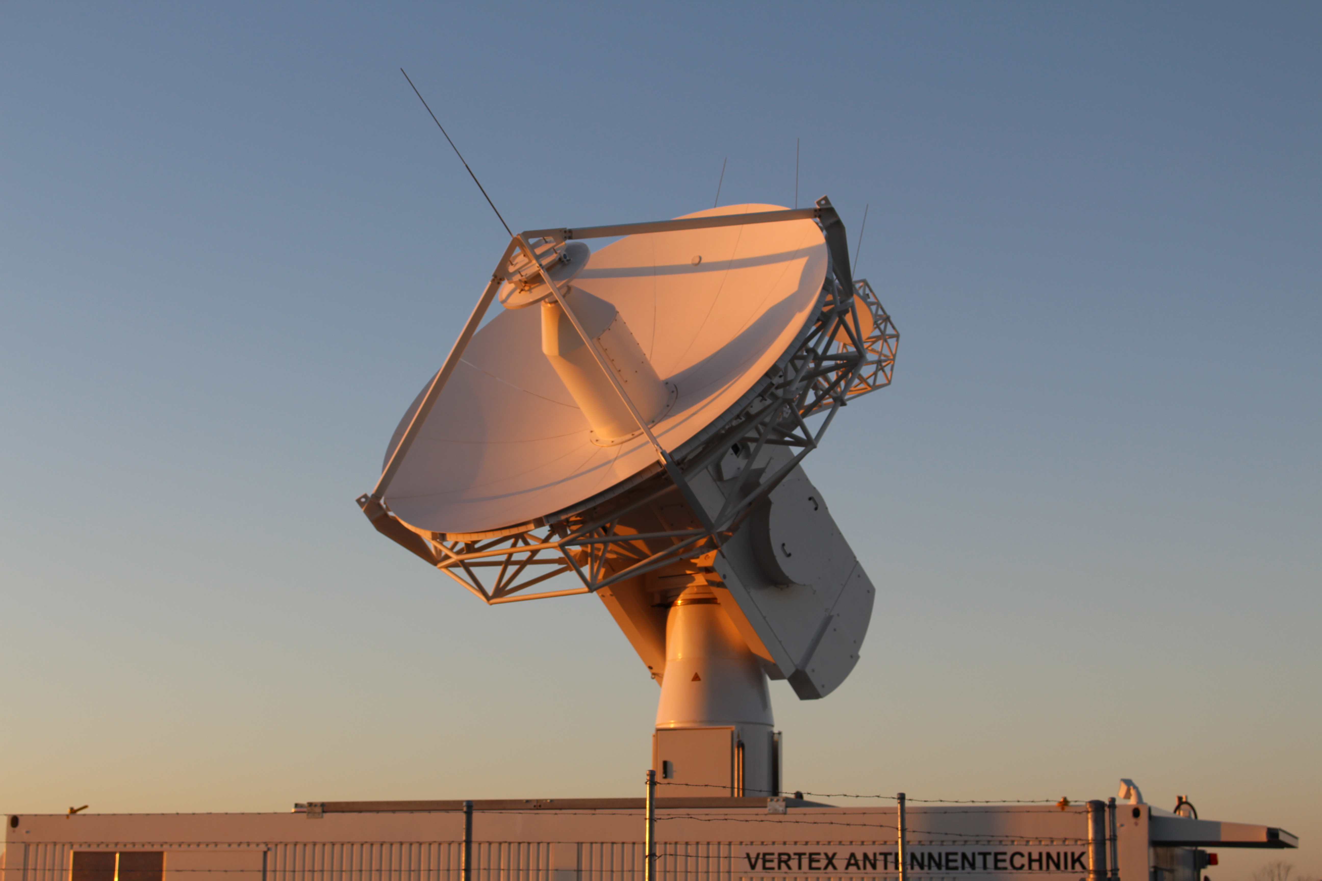 NN0-2 acquisition antenna, New Norcia, W. Australia, as seen during the #SocialSpaceWA event on 11 February 2016 by Duncan Hamilton.