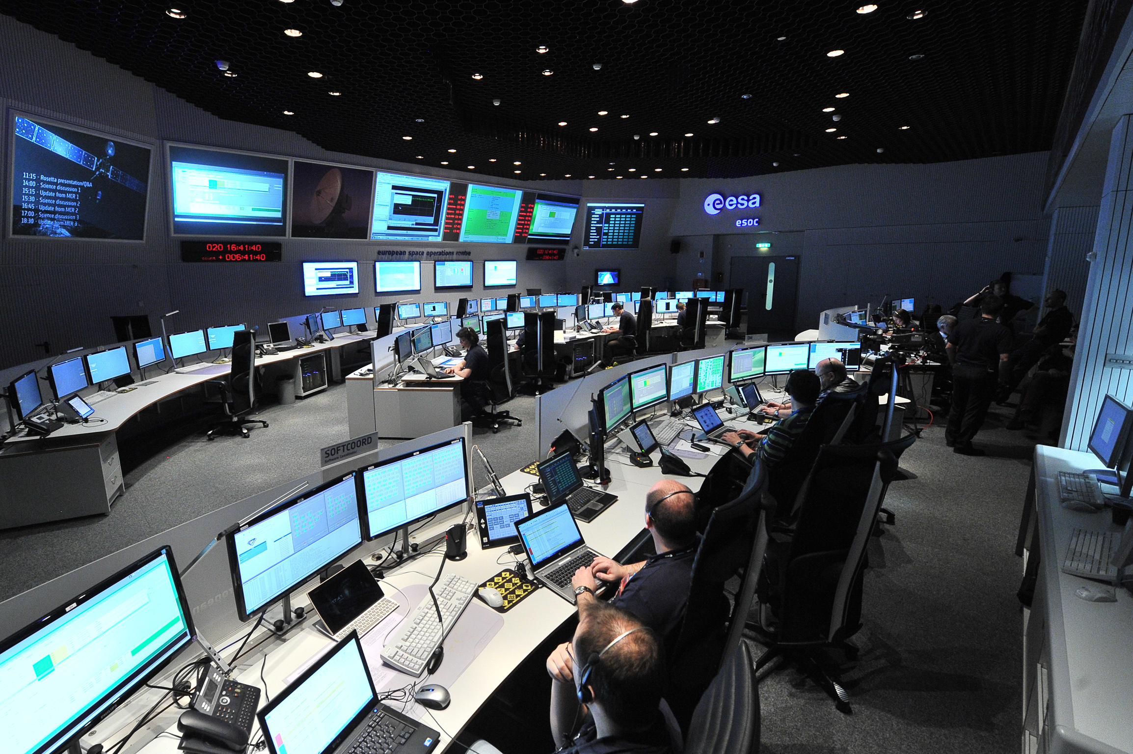 "Rosetta's first signal after exiting hibernation was received by both NASA's Goldstone and Canberra ground stations at 18:18 GMT/ 19:18 CET on 20 January 2014, during the first window of opportunity the spacecraft had to communicate with Earth. It was immediately confirmed in ESA's space operations centre in Darmstadt and the successful wake-up announced via the @ESA_Rosetta twitter account, which tweeted: ""Hello, World!"""