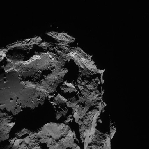 Comet 67P/C-G from a distance of 61 km on 23 August. Credits: ESA/Rosetta/NAVCAM
