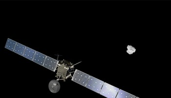 Artist impression of  Rosetta approaching comet 67P/Churyumov-Gerasimenko. The comet image was taken on 2 August 2014 by the spacecraft's navigation camera at a distance of about 500 km. Credits: Spacecraft: ESA/ATG medialab; Comet: ESA/Rosetta/NAVCAM