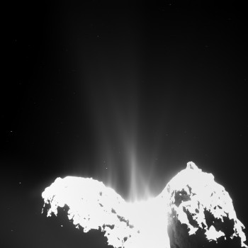 OSIRIS image of Comet 67P/C-G on 10 September 2014, showing jets of cometary activity along almost the entire body of the comet. Credits: ESA/Rosetta/MPS for OSIRIS Team MPS/UPD/LAM/IAA/SSO/ INTA/UPM/DASP/IDA