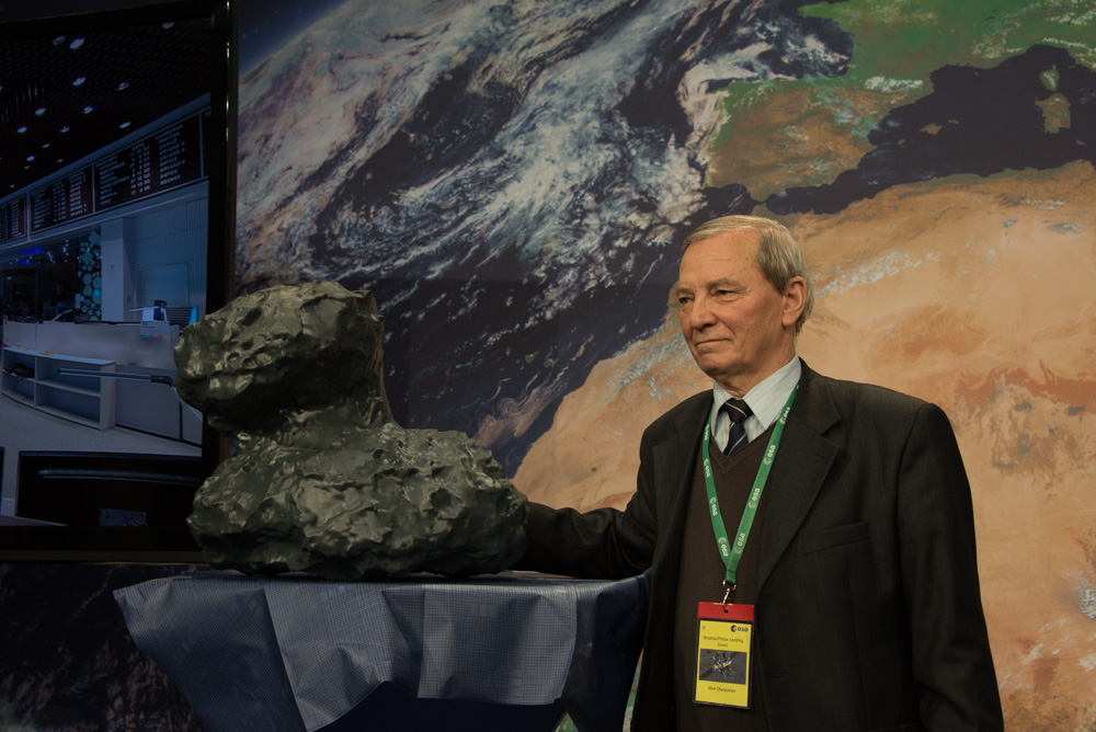 Churyumov_and67P.jpg