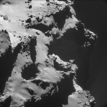 ESA_Rosetta_NAVCAM_141015_Top10_1