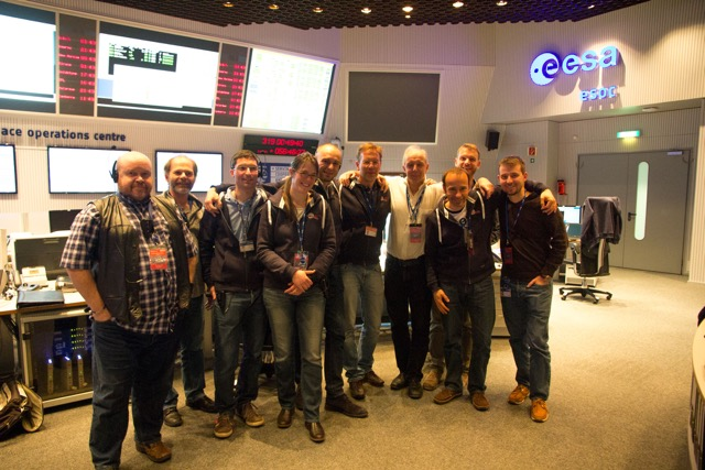 Rosetta flight controllers and Philae mission managers in Main Control Room at ESOC, just after loss of contact with Philae. Credit: Steven Young/Astronomy Now