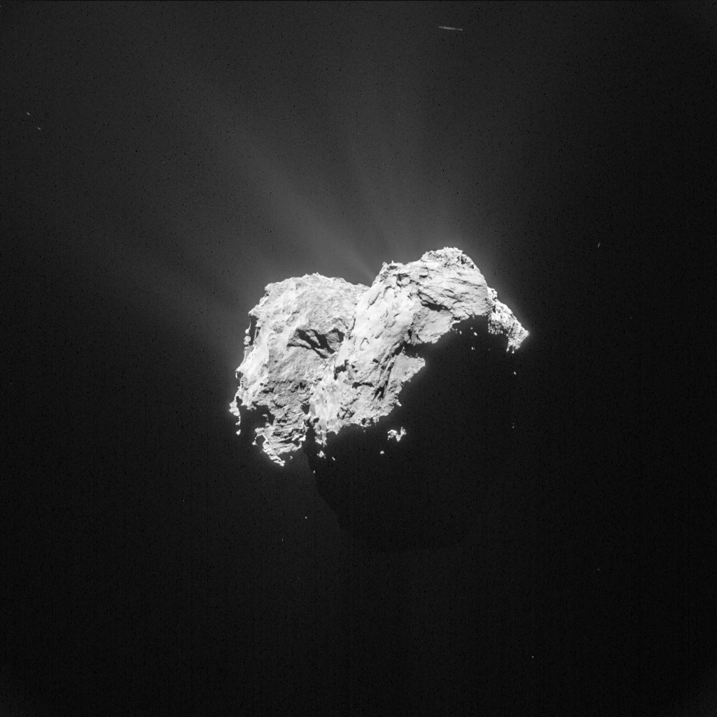 Comet 67P/C-G on 18 April 2015 from a distance of 101 km. Credits: ESA/Rosetta/NAVCAM – CC BY-SA IGO 3.0
