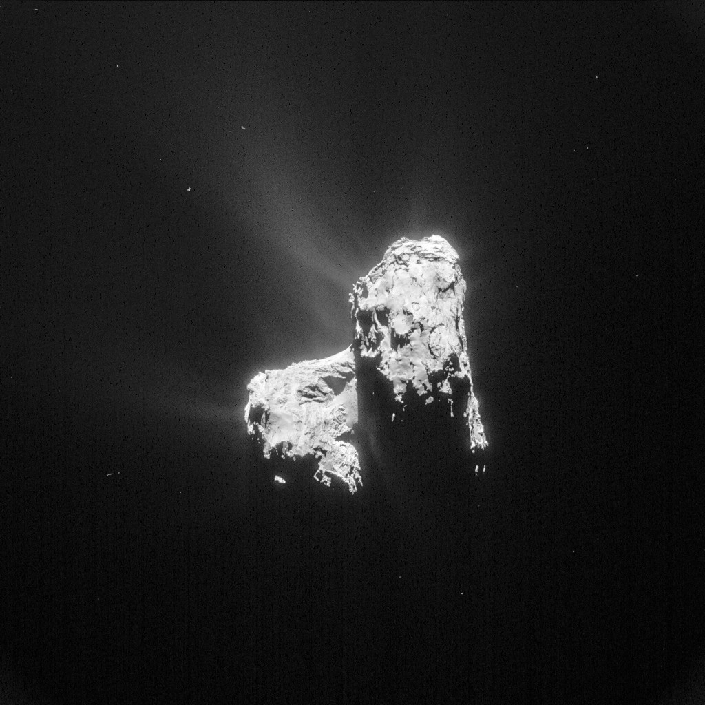 Comet 67P/C-G on 20 April 2015 from a distance of 128 km. Credits: ESA/Rosetta/NAVCAM – CC BY-SA IGO 3.0
