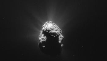 NAVCAM image of Comet 67P/C-G taken on 25 June 2015, 168 km from the comet centre. Credits: ESA/Rosetta/NAVCAM – CC BY-SA IGO 3.0
