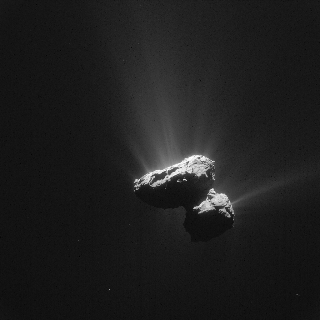 Enhanced view of Comet 67P/C-G on 14 July 2015. Credits: ESA/Rosetta/NAVCAM – CC BY-SA IGO 3.0