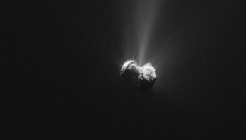 Single frame enhanced NAVCAM image of Comet 67P/C-G taken on 21 September 2015. Credits: ESA/Rosetta/NAVCAM – CC BY-SA IGO 3.0