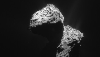 Single frame NAVCAM image taken on 7 January from a distance of 74.1 km. The image scale is 6.3 m/pixel and the image measures 6.5 km across. Credit: ESA/Rosetta/NavCam – CC BY-SA IGO 3.0