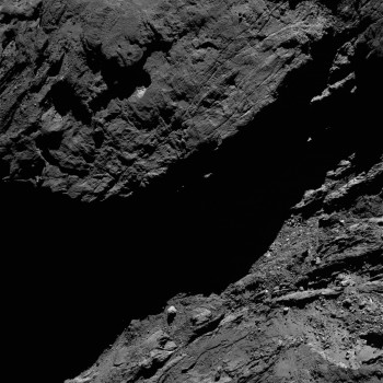 OSIRIS narrow-angle camera image taken on 7 February 2016 from a distance of 47.5 km. The image scale is 0.86 m/pixel. Credits: ESA/Rosetta/MPS for OSIRIS Team MPS/UPD/LAM/IAA/SSO/INTA/UPM/DASP/IDA