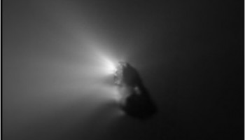 Comet_Halley_close_up_node_full_image_2
