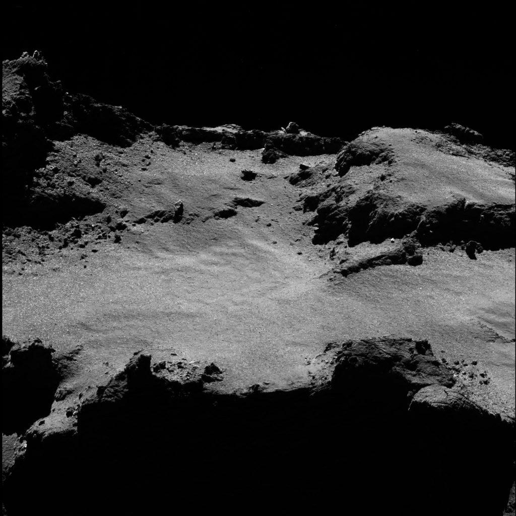 ESA_Rosetta_OSIRIS_NAC_2016-07-03_b