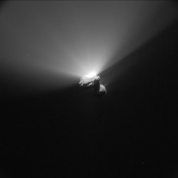 Comet outburst seen on 22 August 2015, during 67P/C-G's most active perihelion period. Credit: ESA/Rosetta/NavCam – CC BY-SA IGO 3.0