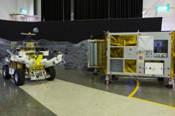 Eurobot with mock lunar module. Credits: ESA