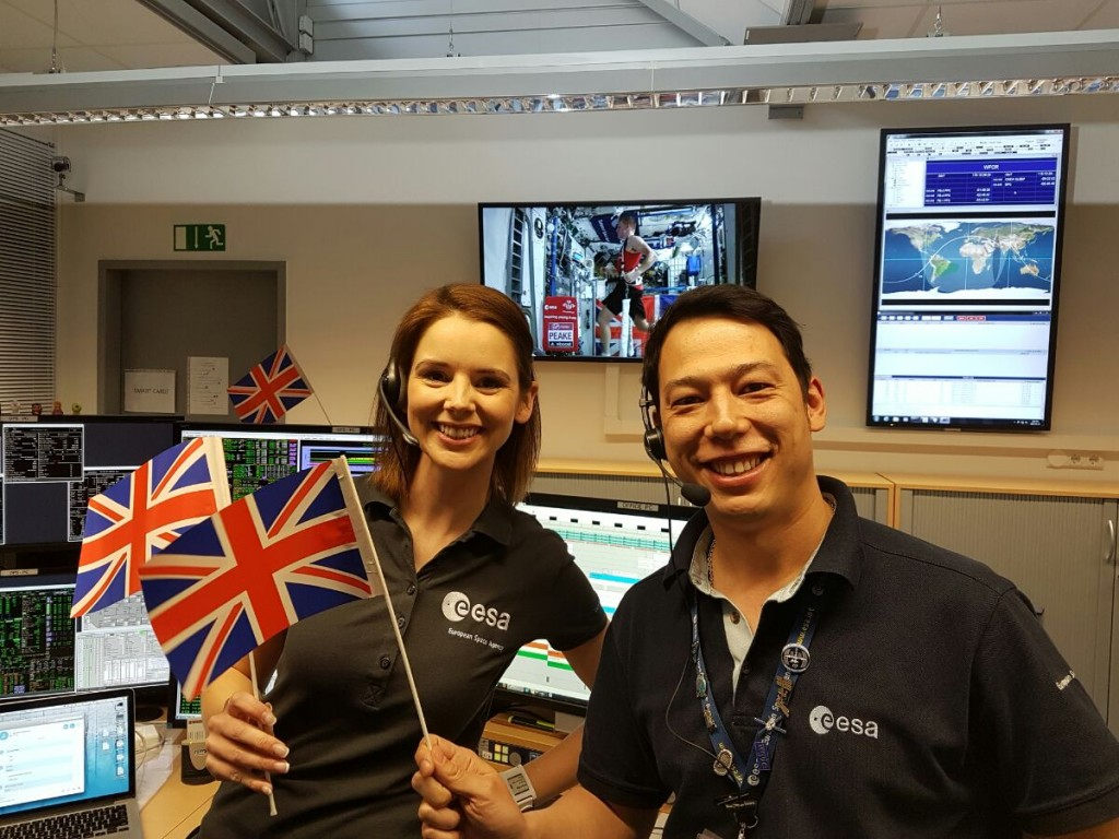 Finished! ESA Biomedical Engineers Jennifer Struble and Tim Irawan were on console to monitor Tim's progress and ensure his health during run.