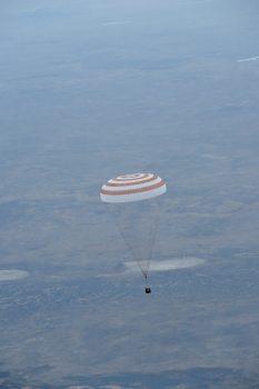 Soyuz TMA-16M landing, September 2015 with ESA astronaut Andreas Mogensen. Credits: ESA/NASA