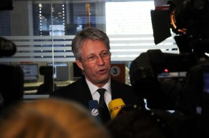 Thomas Reiter at a press briefing at ESOC in 2011. Credit: ESA