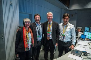ESA's Director of Human Spaceflight and Operations, Thomas Reiter (second from right) with members of the mission control team in the Main Control Room at ESOC, 3 December 2015, for the launch of LISA Pathfinder. Credit: ESA/K. Siewert